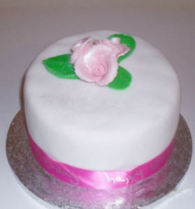 small rose cake